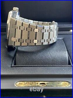 Audemars Piguet Royal Oak 15500ST box + papers 2019 / black dial