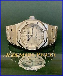 Audemars Piguet Royal Oak 37mm 15450ST BOX AND PAPERS SERVICED BY AP