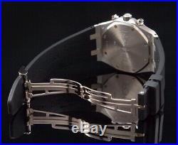 Audemars Piguet Royal Oak Chronograph Weißgold/18kt. Ref. 26022BC. OO. D002CR. 01