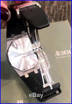 Audemars Piguet Royal Oak Offshore Chronograph withDiamond Bezel