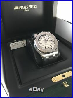 Audemars Piguet Royal Oak Offshore Diver Automatic 15710ST. OO. A002CA. 02