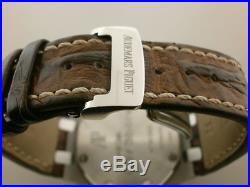 Audemars Piguet Royal Oak Offshore Safari 42MM Chronograph. 26170ST. OO. D091CR. 01