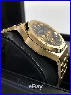 Audemars Piguet Royal Oak Yellow Gold 41mm Chronograph Blue 26331BA. OO. 1220BA. 01
